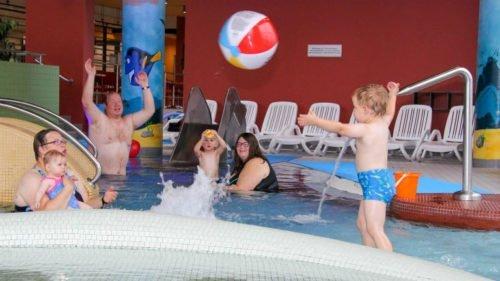 DAS BAD Merzig: Kinderspielenachmittag - Neuer Wellenreiter sorgt für Spaß und Action
