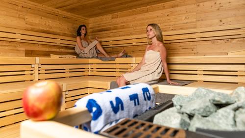 """DAS BAD Merzig: Pressemitteilung zur Renovierung während der Corona-Schließung - Erscheinungsbild der Therme wurde weiter aufgewertet – Neue """"Viezsauna"""" in der Saunawelt"""